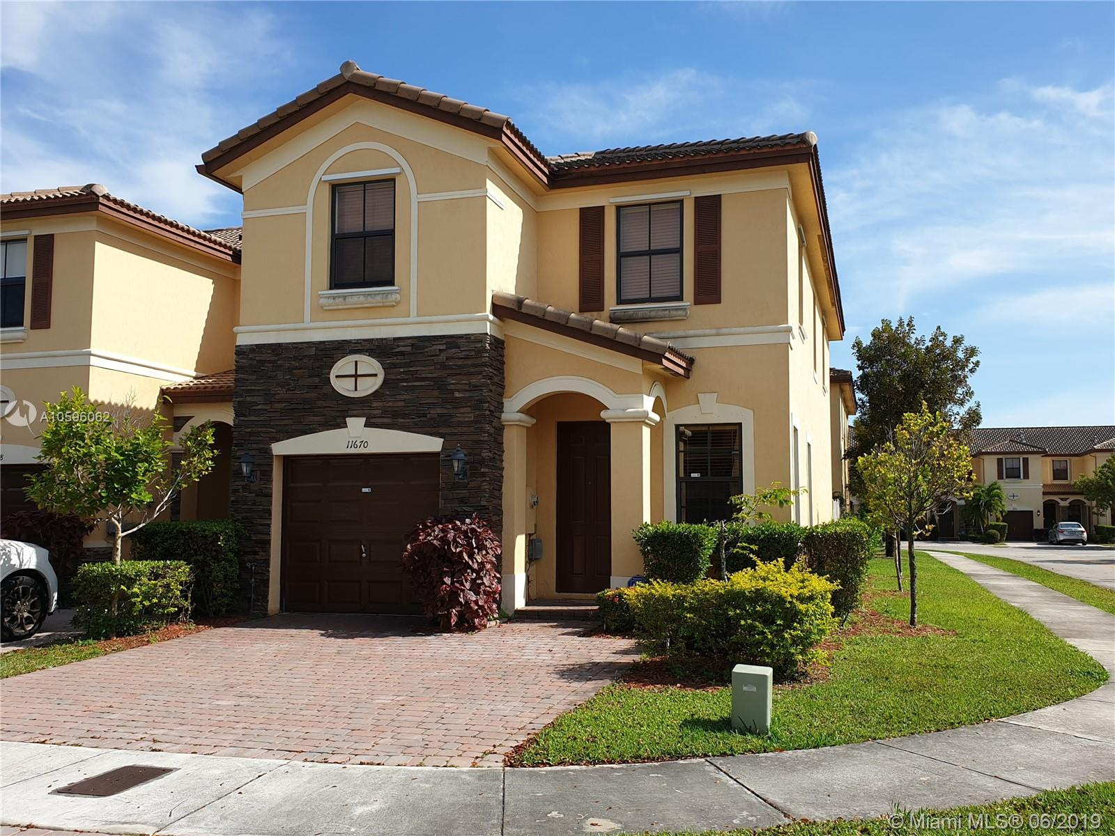 11670 NW 88th Ln, Doral in Miami-dade County County, FL 33178 Home for Sale