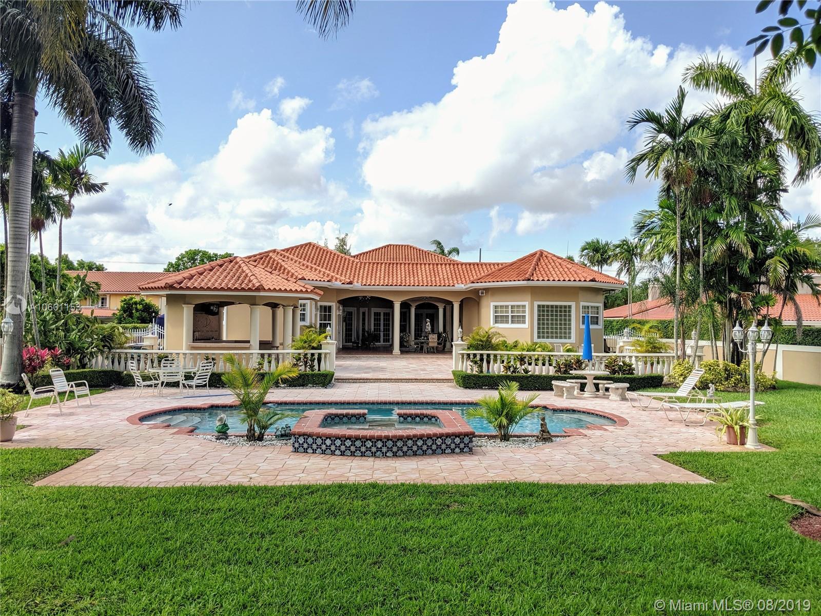 8550 Sw 2nd St Miami, FL 33144