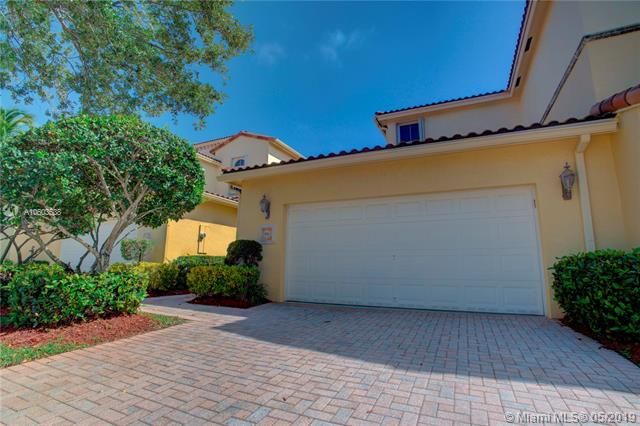 876 Spinnaker Dr, Hollywood in Broward County County, FL 33019 Home for Sale
