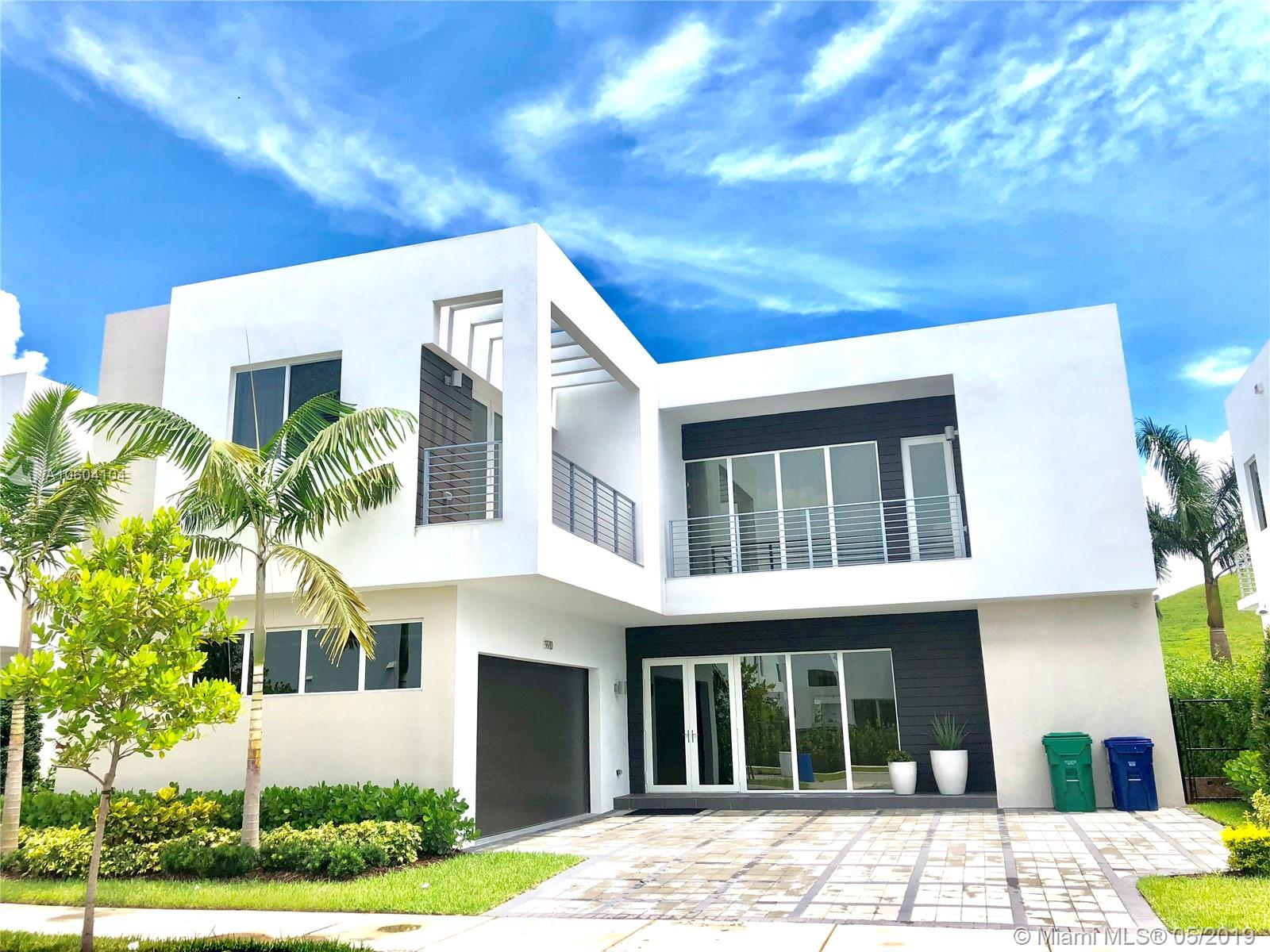 9910 Nw 74th Ter Doral, FL 33178