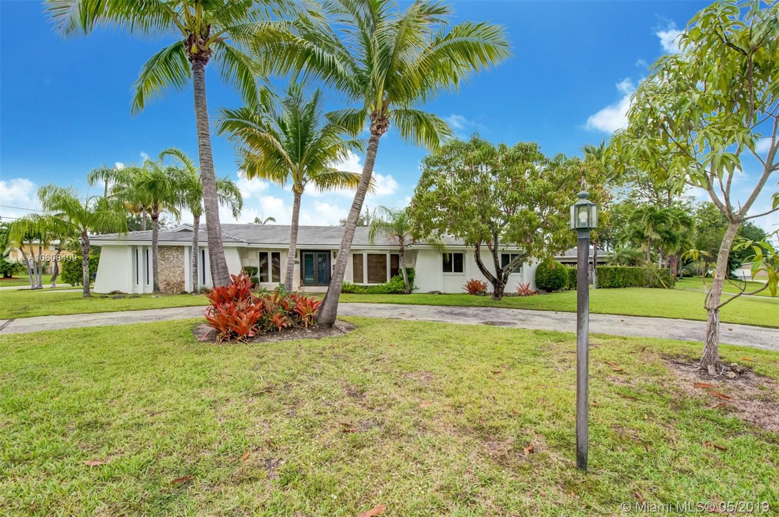8055 SW 142nd Ter, Kendall, Florida