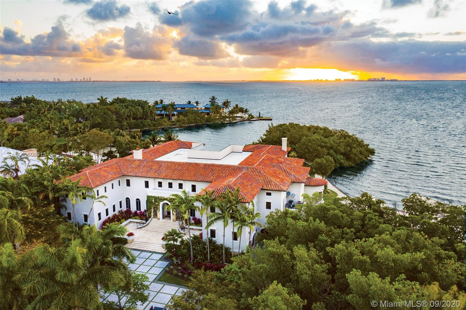 4 Tahiti Beach Island Rd, Coral Gables, Florida 10 Bedroom as one of Homes & Land Real Estate