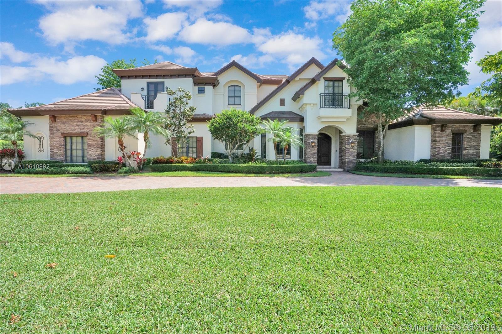 12301 Vista Ln Pinecrest Village, FL 33156