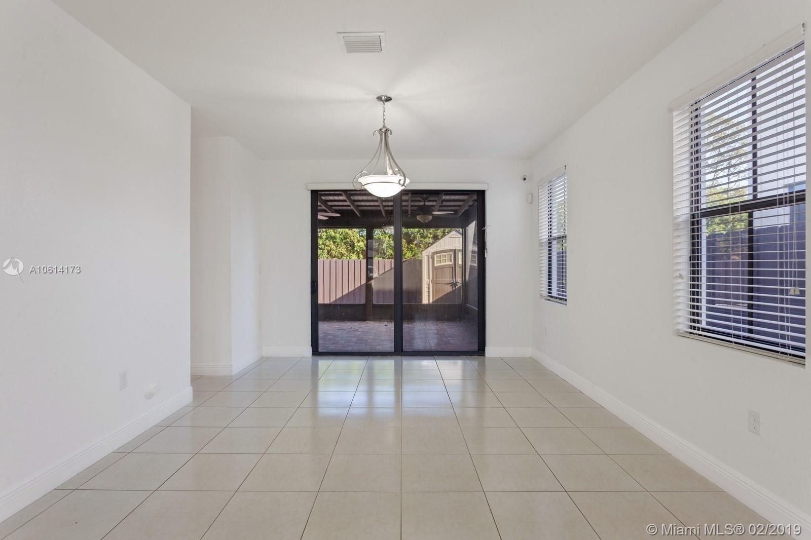 9779 Nw 10th Terrace Miami, FL 33172