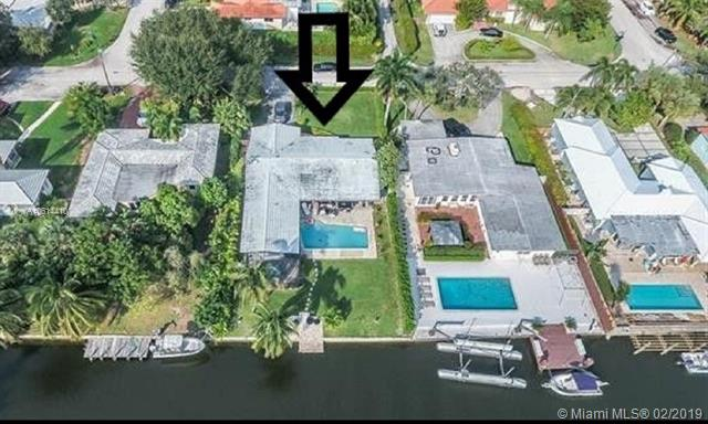 1030 Ne 105th St Miami Shores, FL 33138
