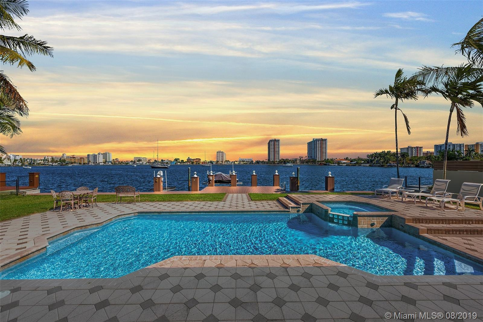 918 S Southlake Dr, one of homes for sale in Hollywood