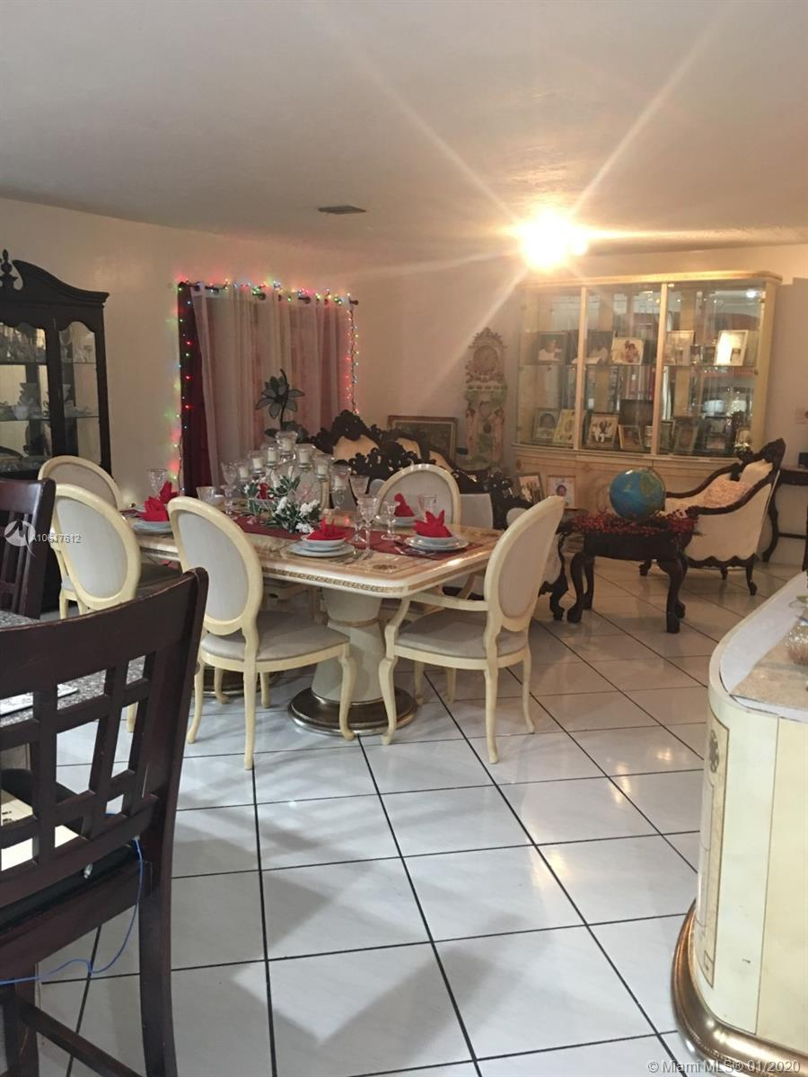 12556 SW 210th Ter - photo 4