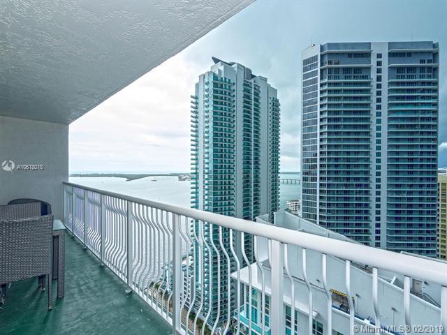 1200 Brickell Bay Dr Miami, FL 33131