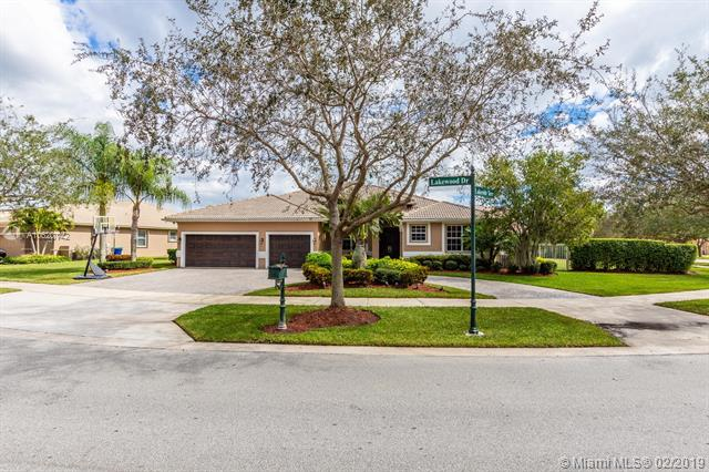 5168 Lakewood Dr, Cooper City, Florida