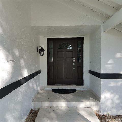 10701 Sw 142nd Ave Miami, FL 33186