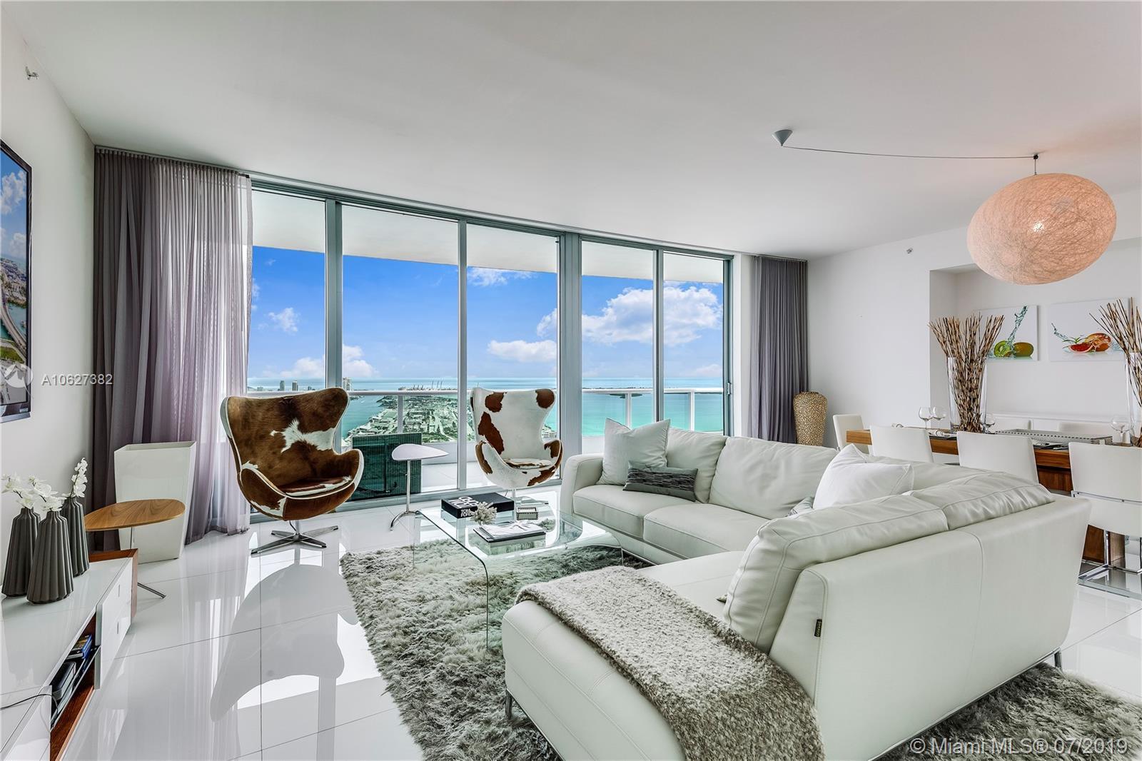 900 Biscayne Blvd Miami, FL 33132