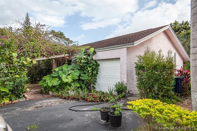 10418 SW 53rd Street, Cooper City, Florida