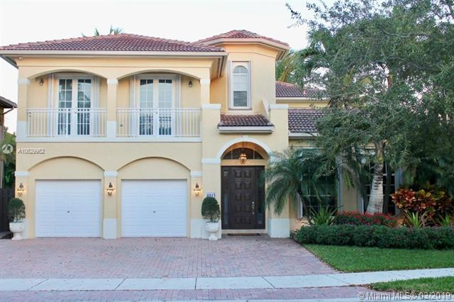 6813 NW 113th Pl, Doral, Florida