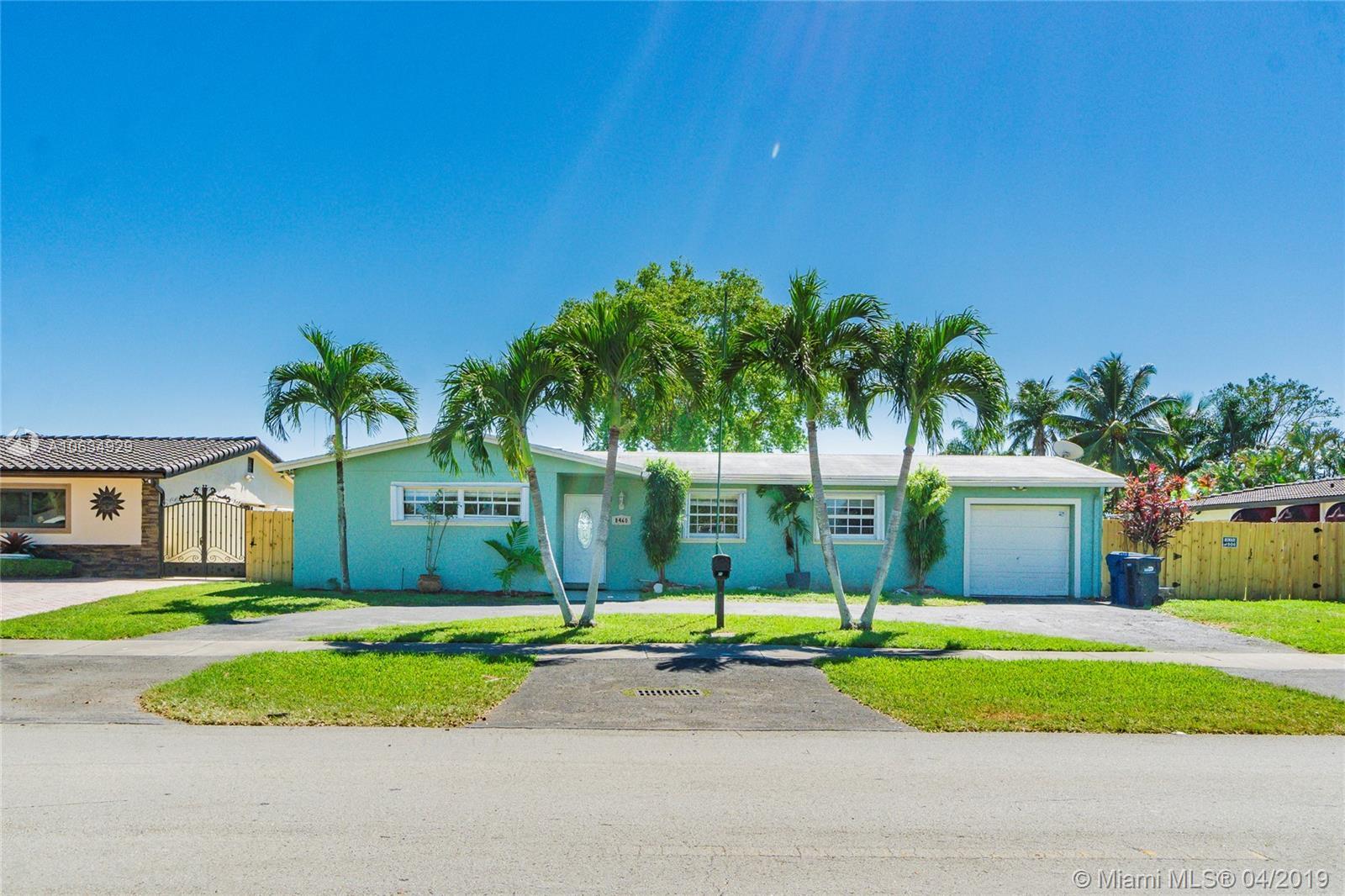 8460 Nw 178th St Hialeah, FL 33015