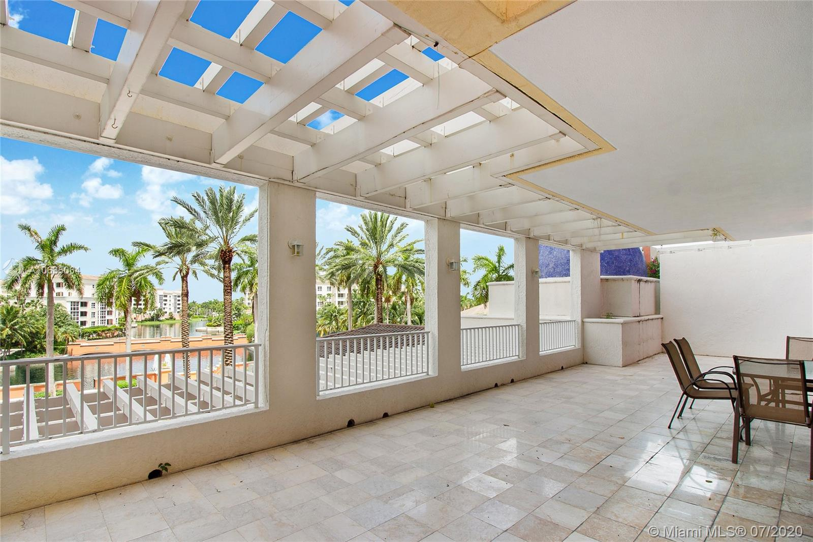 785 Crandon Blvd, Key Biscayne in Miami-dade County County, FL 33149 Home for Sale