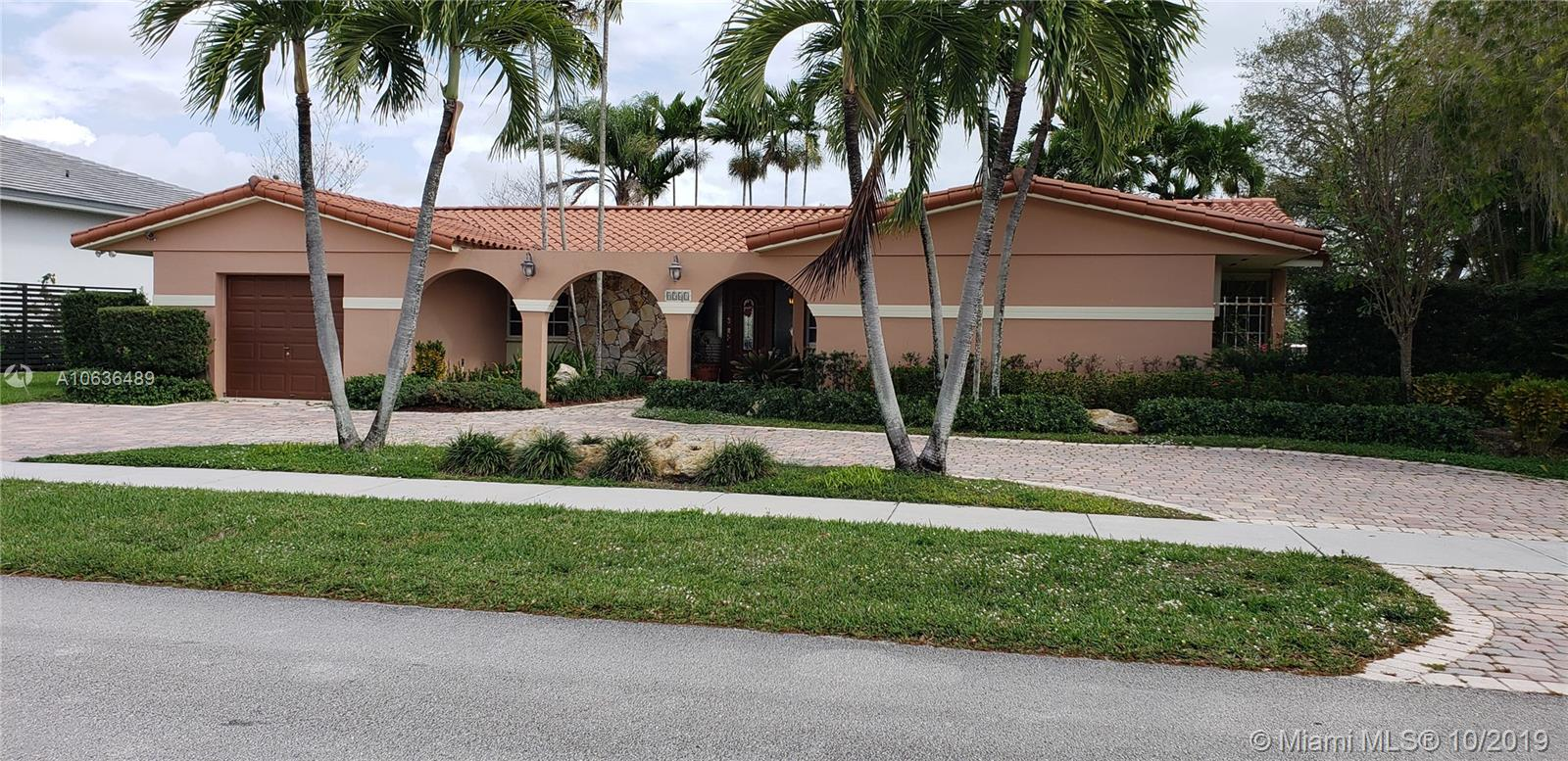 8541 SW 93 CT, Kendall, Florida