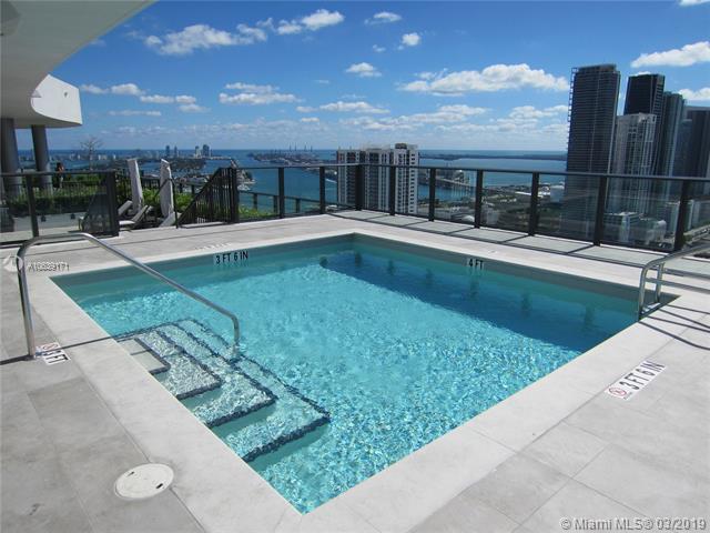 1600 Ne 1 Ave Miami, FL 33132