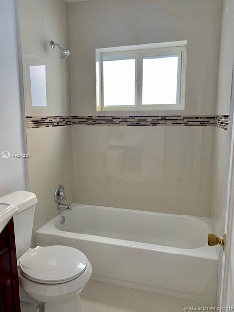 3325 SW 67th Ave - photo 9