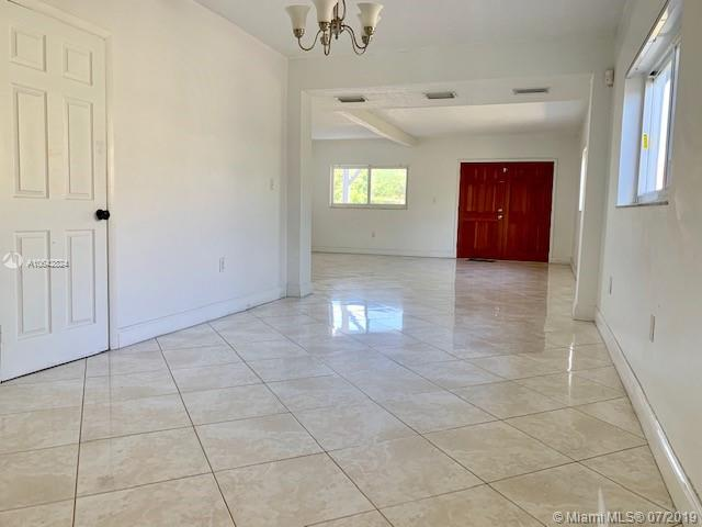 3325 SW 67th Ave - photo 16