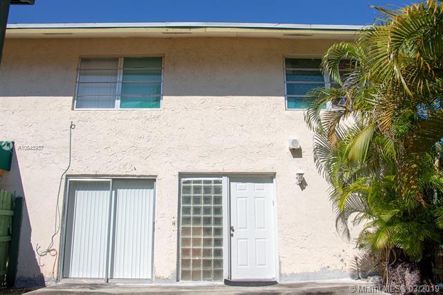8485 SW 156 PL, Kendall West, Florida