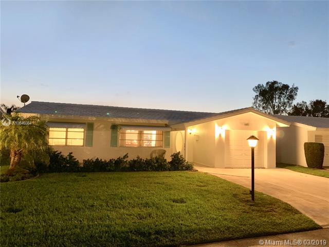 605 Sw Golf Dr Boynton Beach, FL 33426