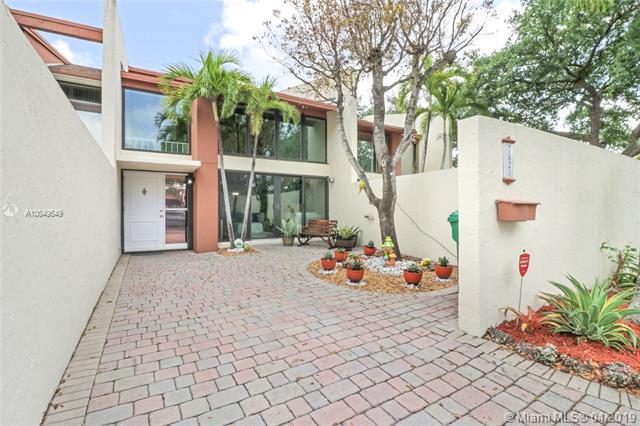 7825 Sw 103 Pl Miami, FL 33173