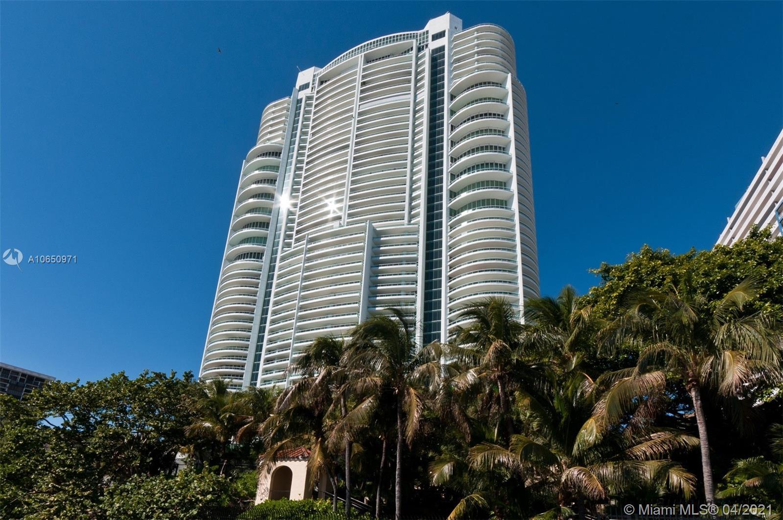 1643 Brickell Av Miami, FL 33129