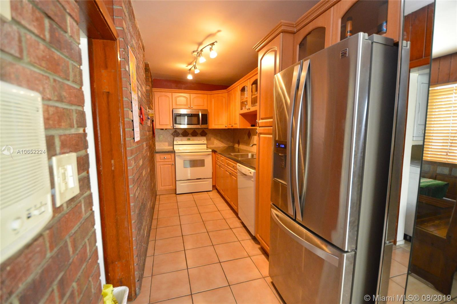 3780 NW 12th St - photo 5