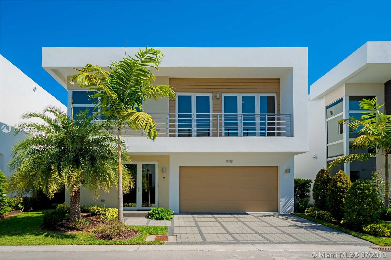 One of Doral 5 Bedroom Homes for Sale at 9781 NW 75th Ter
