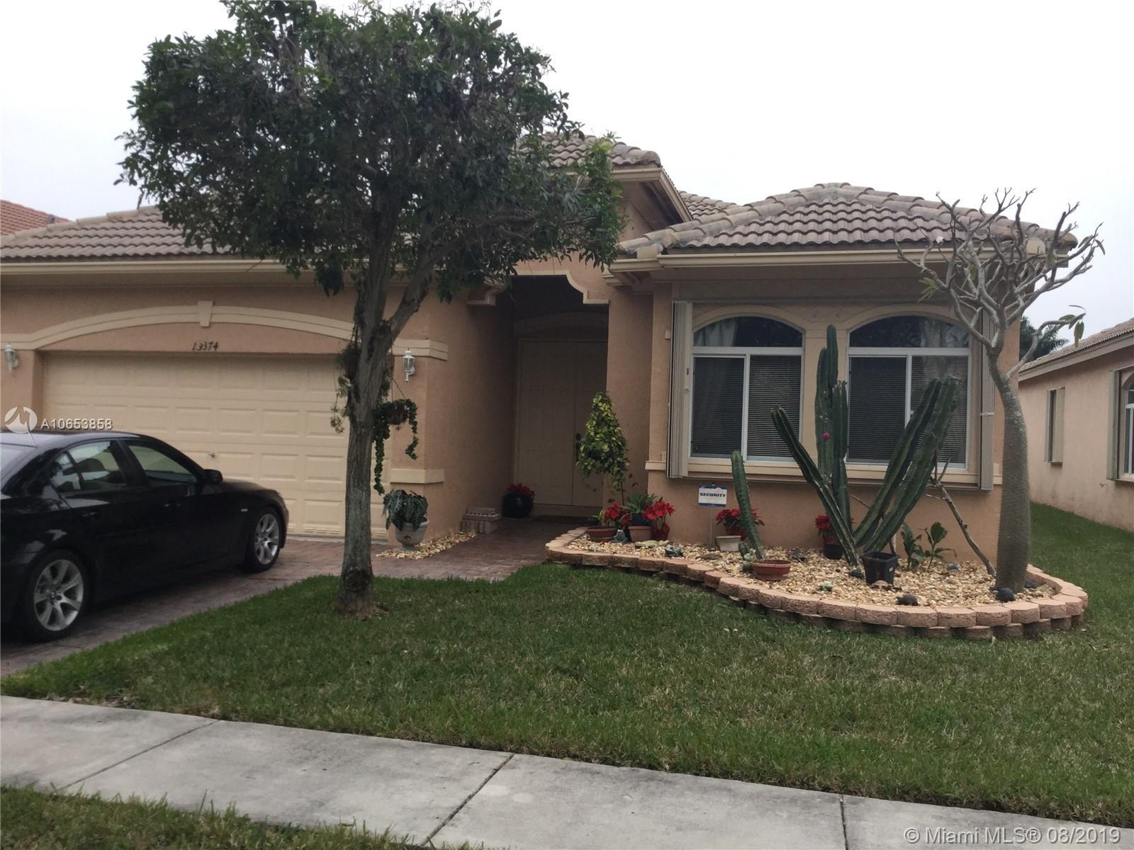 30 Nw 159th St Miami, FL 33169