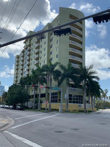 816 Nw 11th Street Miami, FL 33136