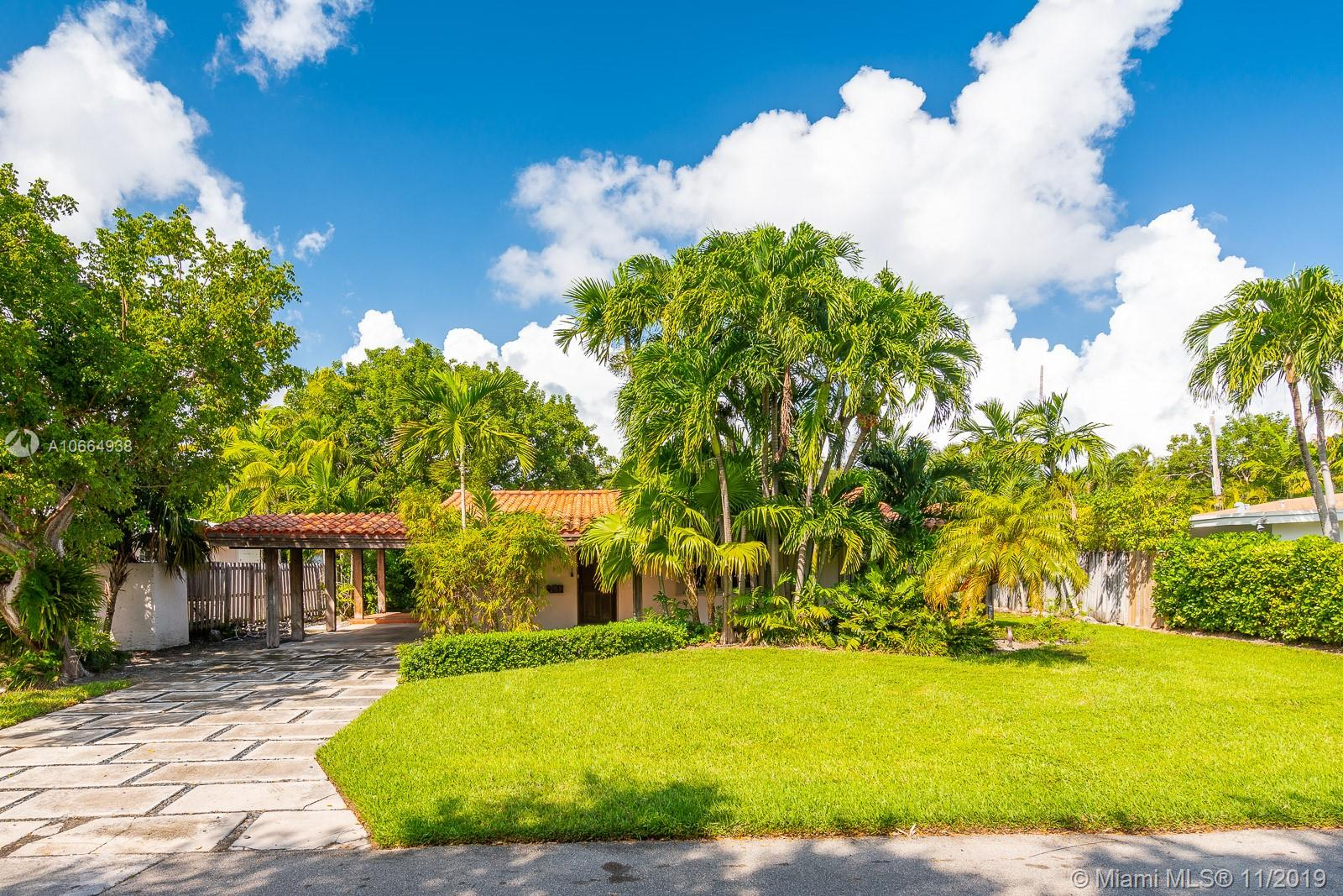 261 Greenwood Dr, Key Biscayne, Florida