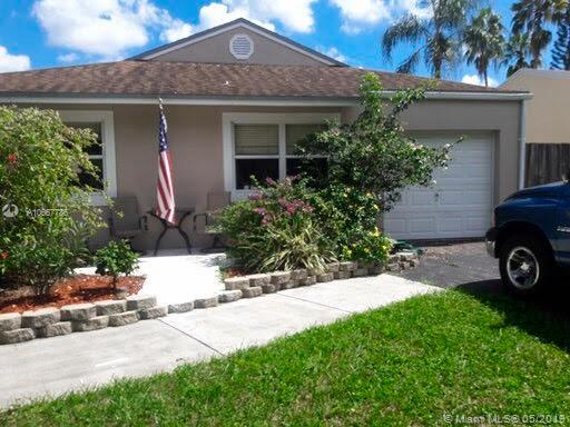 5858 SW 99th Ln, Cooper City, Florida