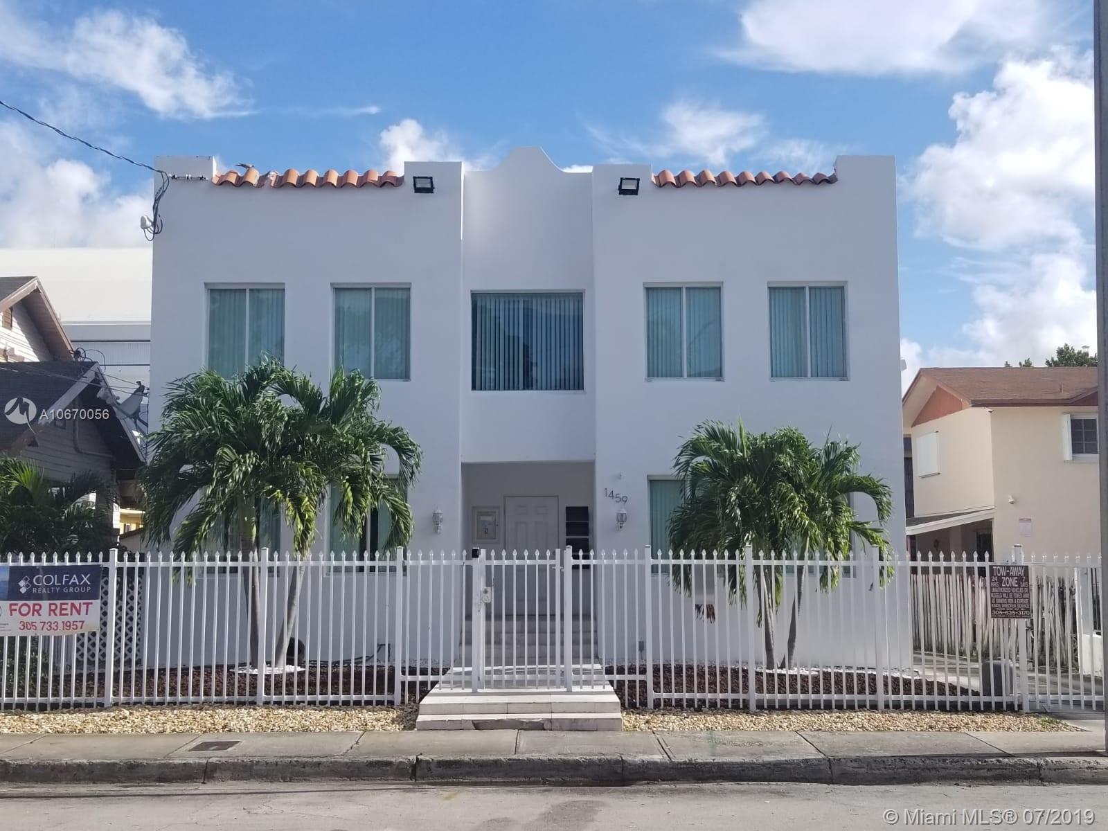 1459 Nw 2nd St Miami, FL 33125