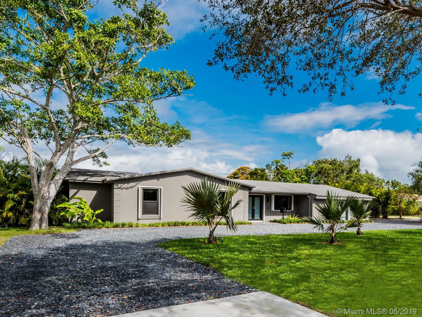 7405 SW 122nd St, Kendall, Florida