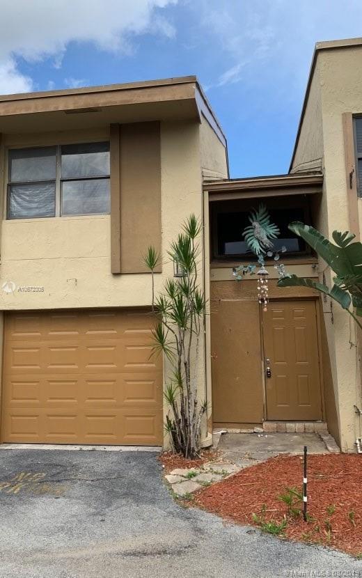 8398 N Missionwood Cir, Miramar, Florida