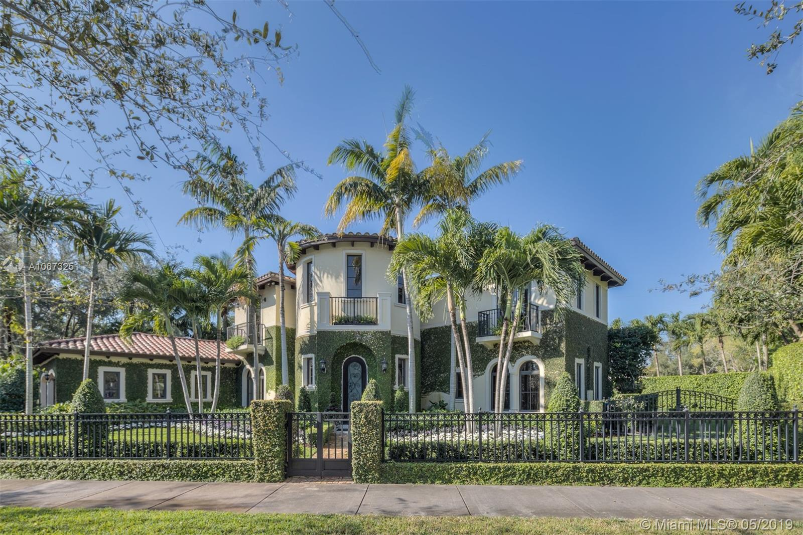 5820 Augusto St, Coral Gables, Florida