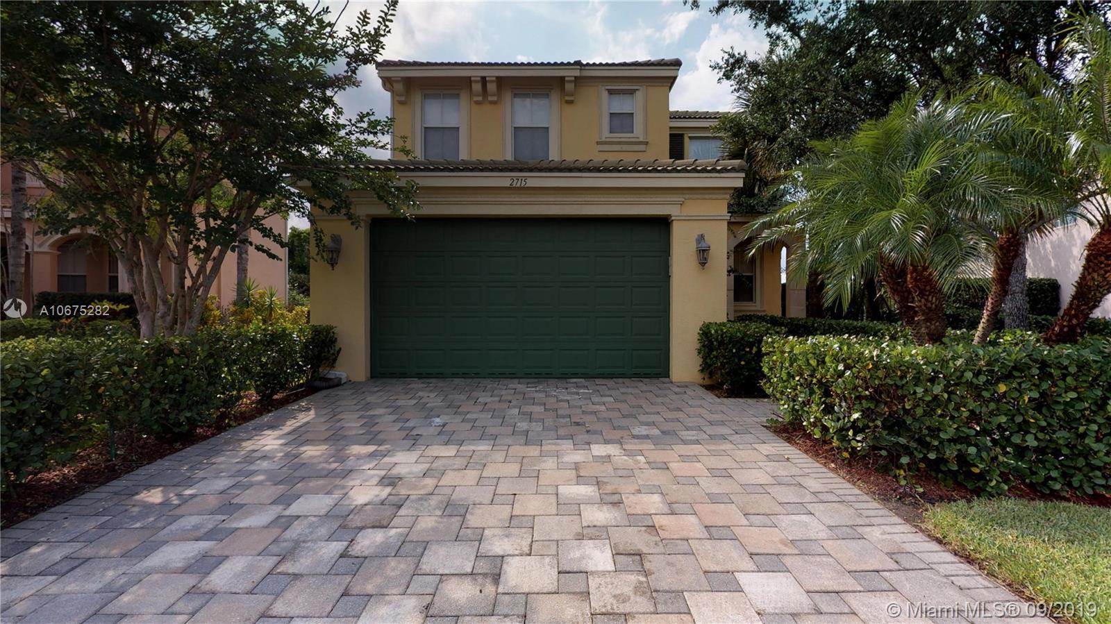 2715 Pienza Cir, Royal Palm Beach, Florida