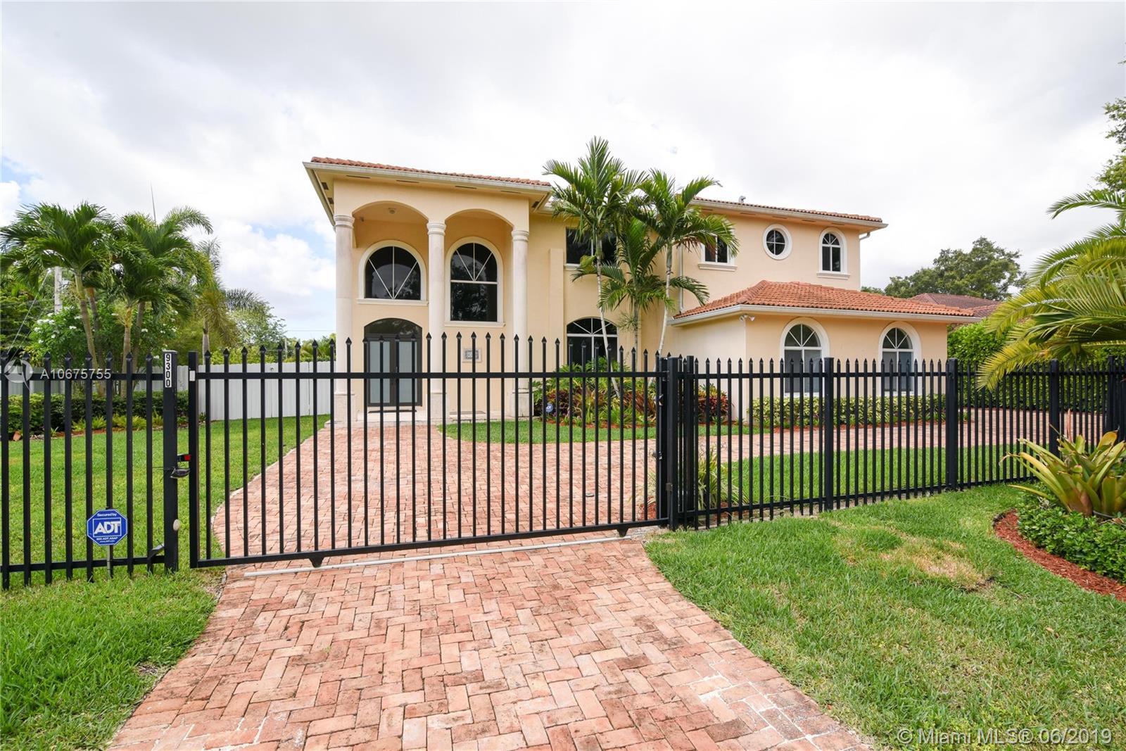9300 Sw 149 St Miami, FL 33176