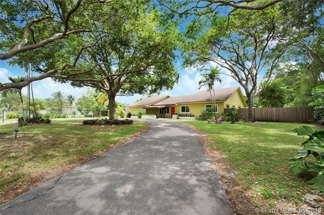 One of Kendall 5 Bedroom Homes for Sale at 10701 SW 93rd Ct