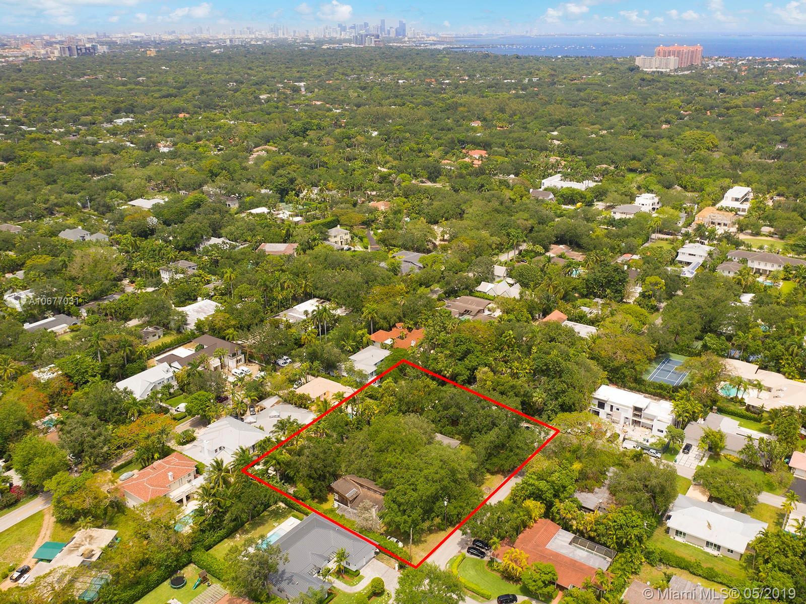 5051 Sw 77th St Miami, FL 33143
