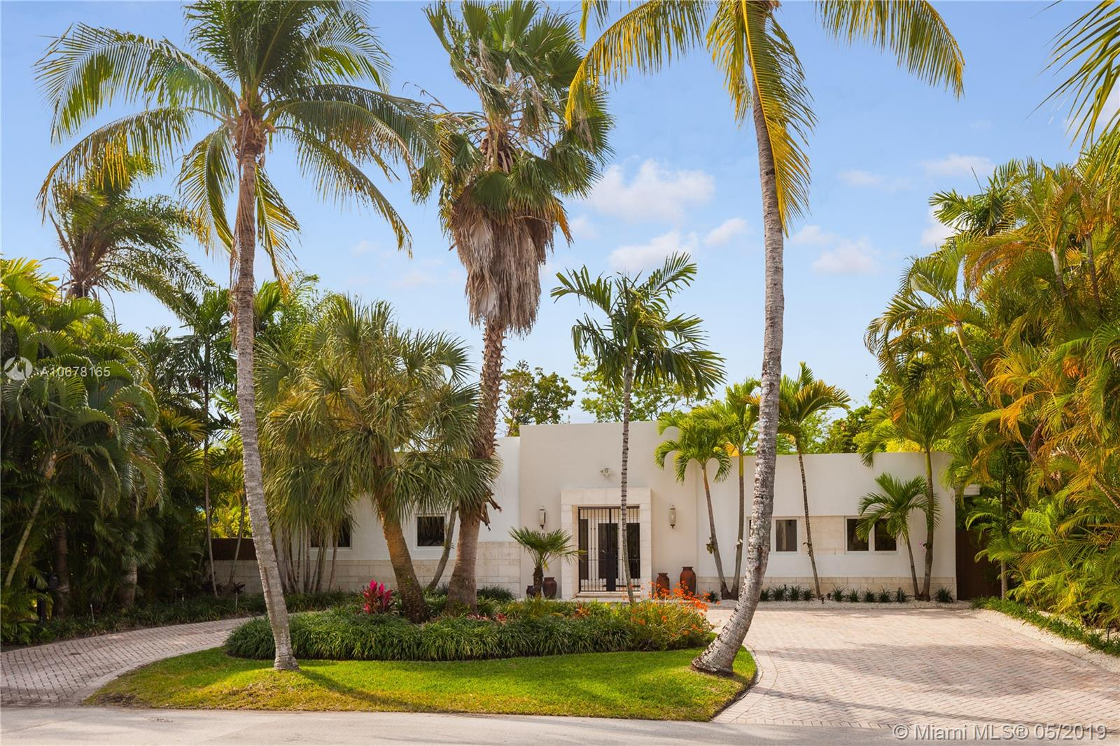 One of Key Biscayne 4 Bedroom Homes for Sale at 397 Harbor Ct