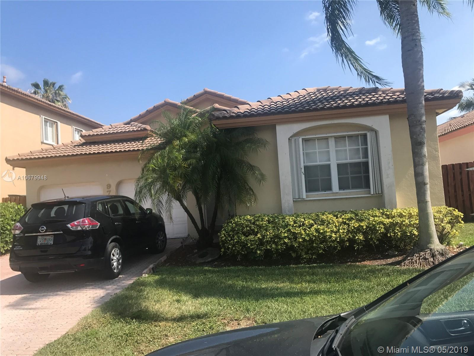 9756 NW 32 ST, Doral, Florida