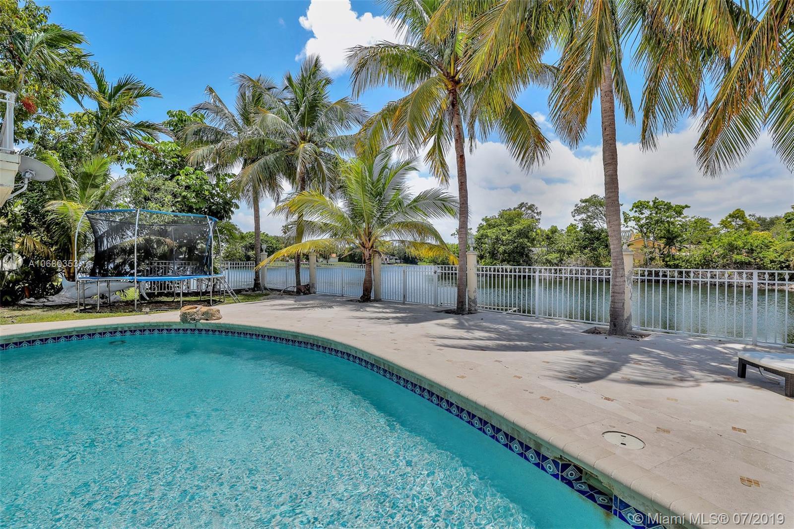 21430 Ne 23rd Ave Miami, FL 33180