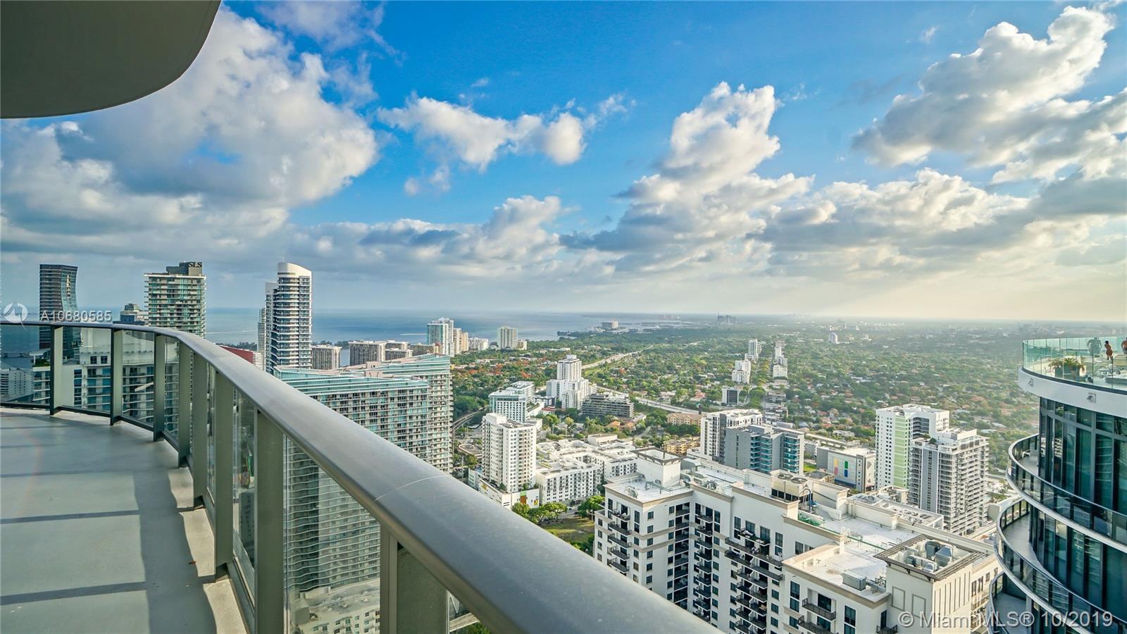 45 Sw 9th Street Miami, FL 33130
