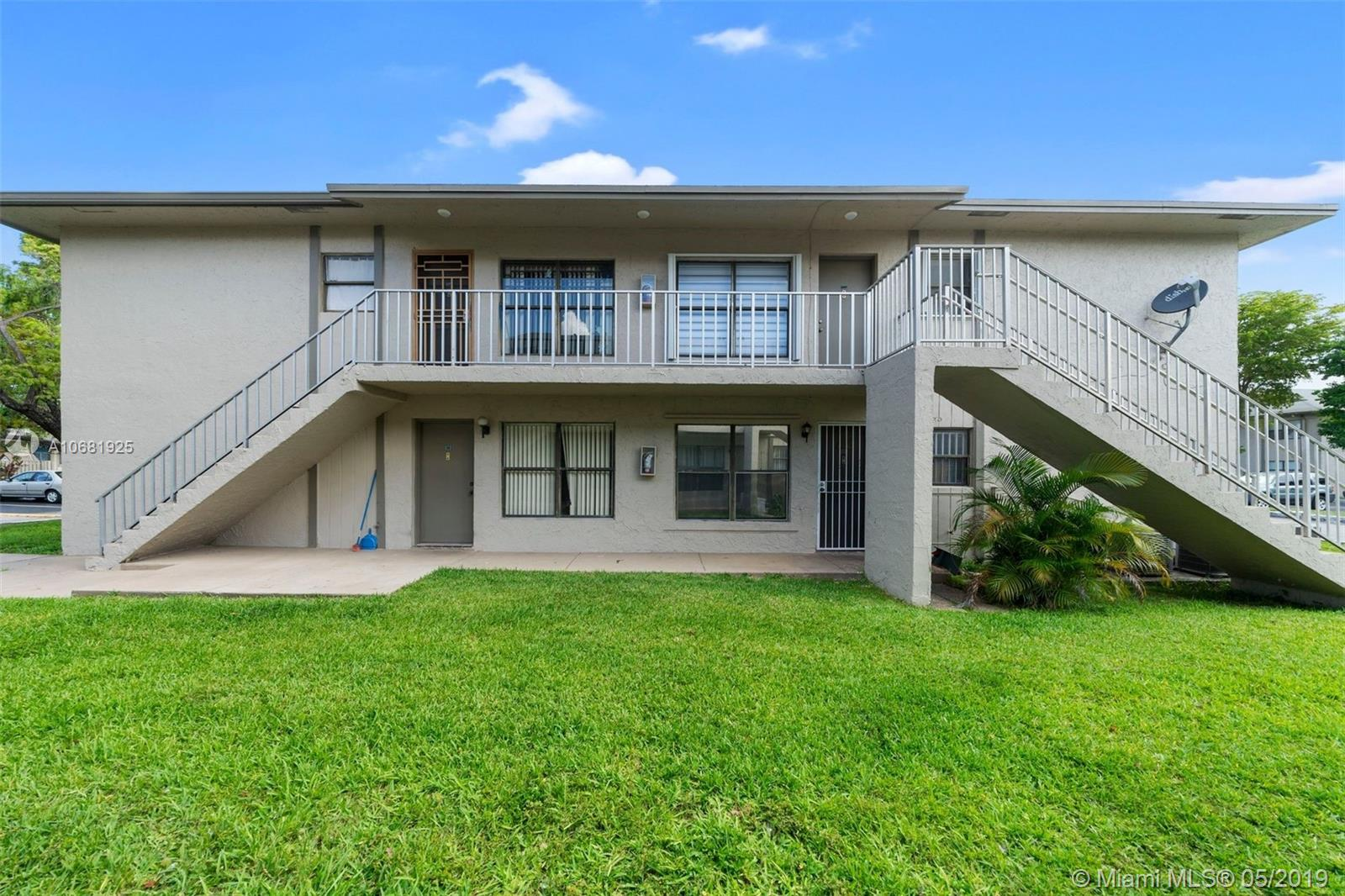 15314 Sunset Dr, Kendall West, Florida