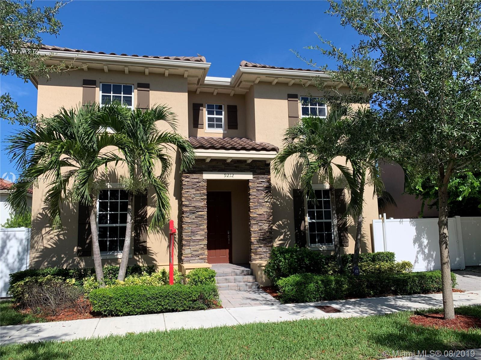 9212 SW 171 CT, Kendall, Florida