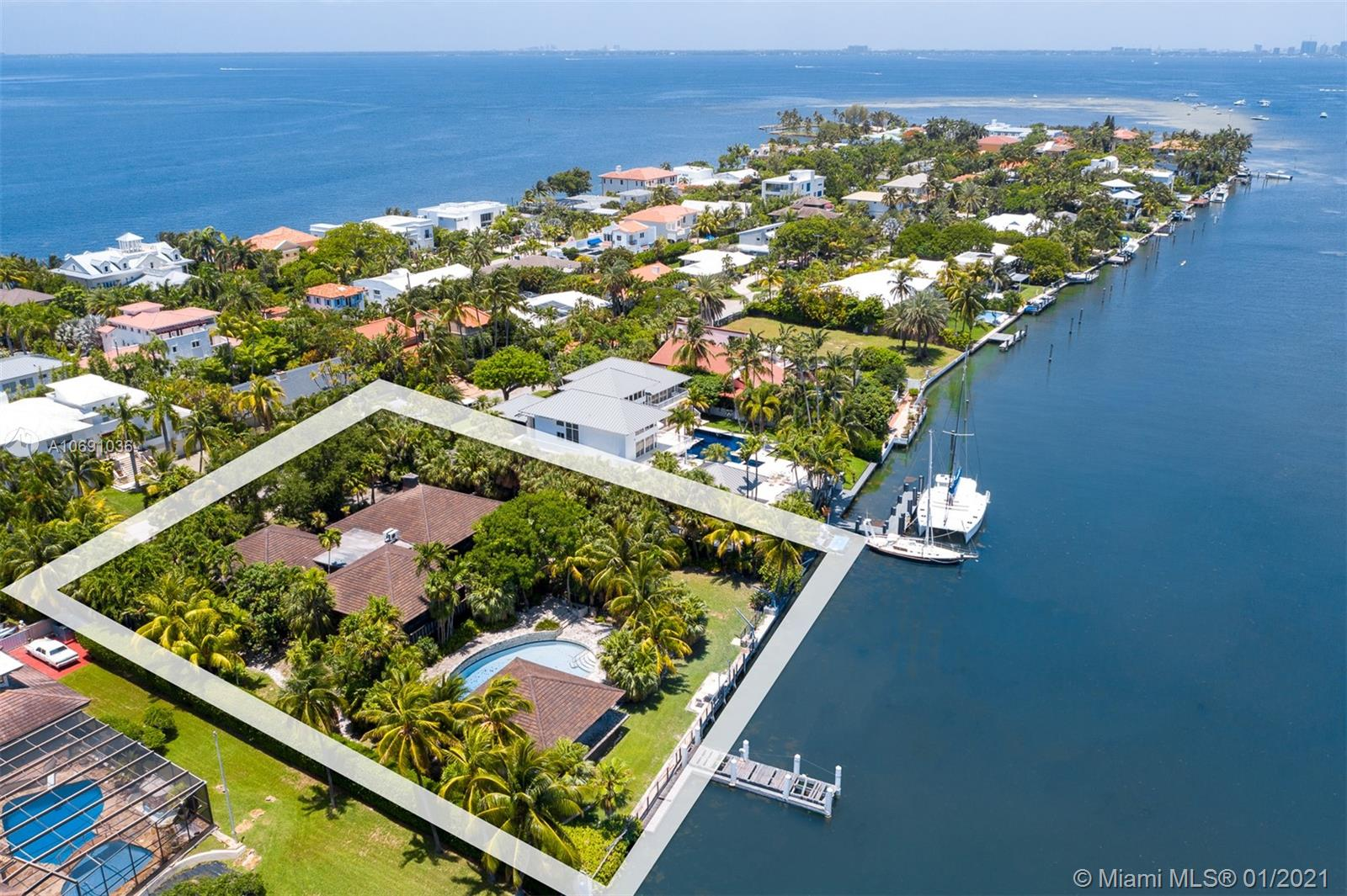 511 N Mashta Dr, Key Biscayne, Florida 4 Bedroom as one of Homes & Land Real Estate
