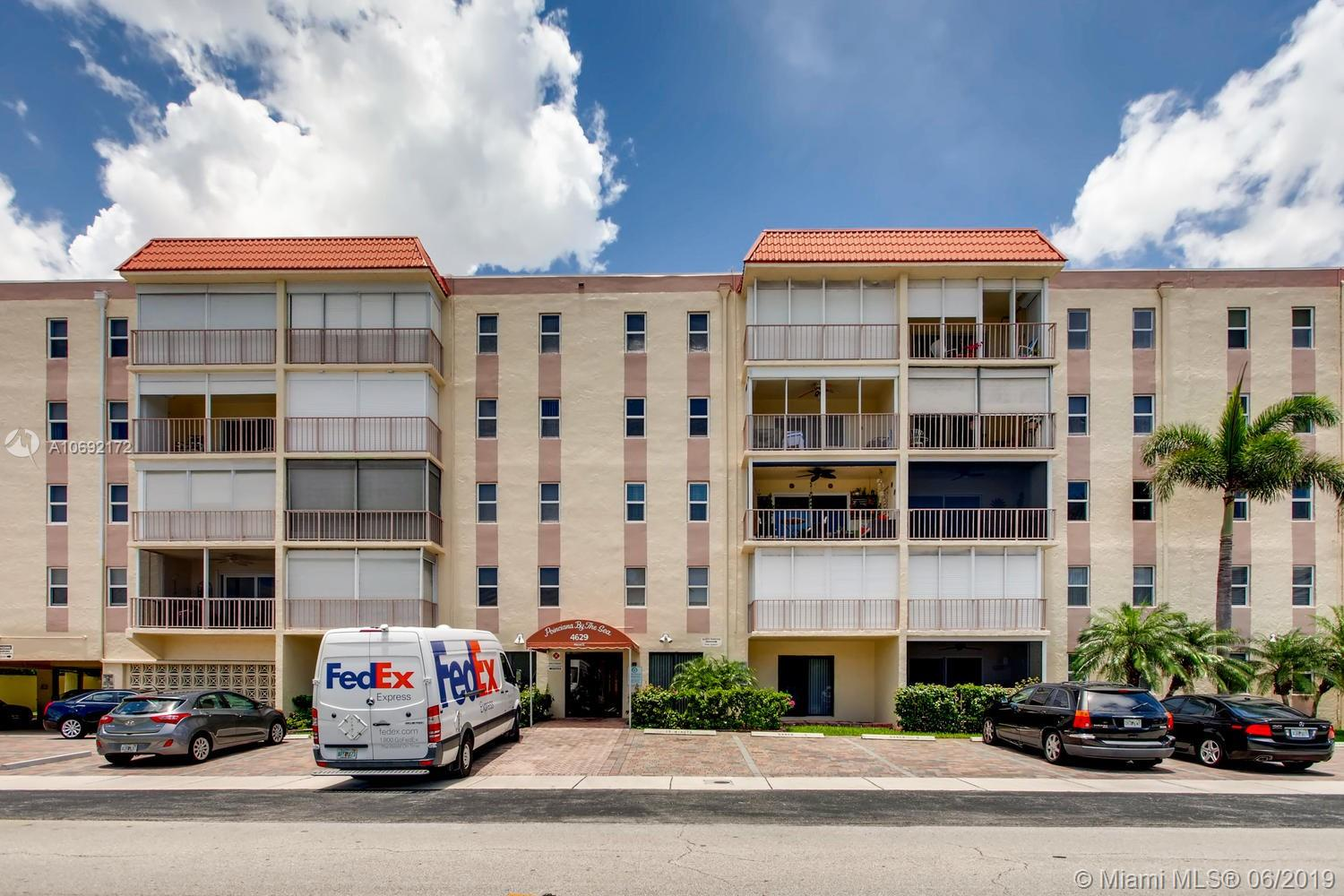 4629 Poinciana St, Lauderdale by the Sea, Florida