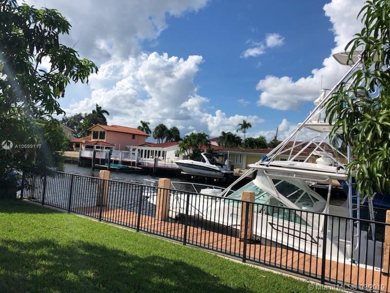 3325 Ne 167th St North Miami Beach, FL 33160